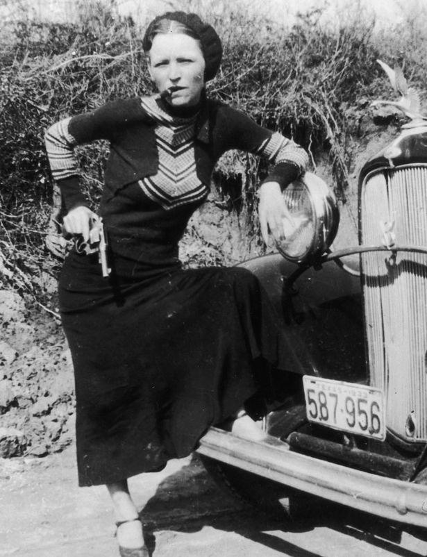 American-criminal-Bonnie-Parker